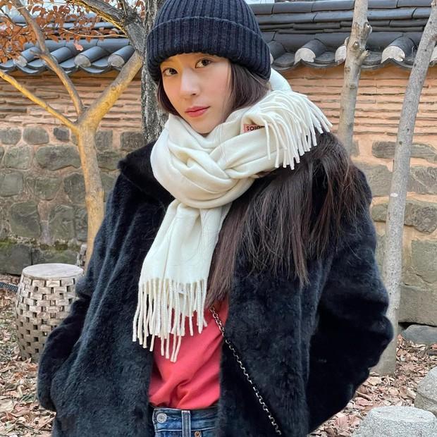 Sao Hàn mặc gì ngày đại hàn: Đỉnh cao mặc đẹp là khi diện toàn đồ dày sụ ấm áp mà vẫn tôn dáng đỉnh cao - Ảnh 3.