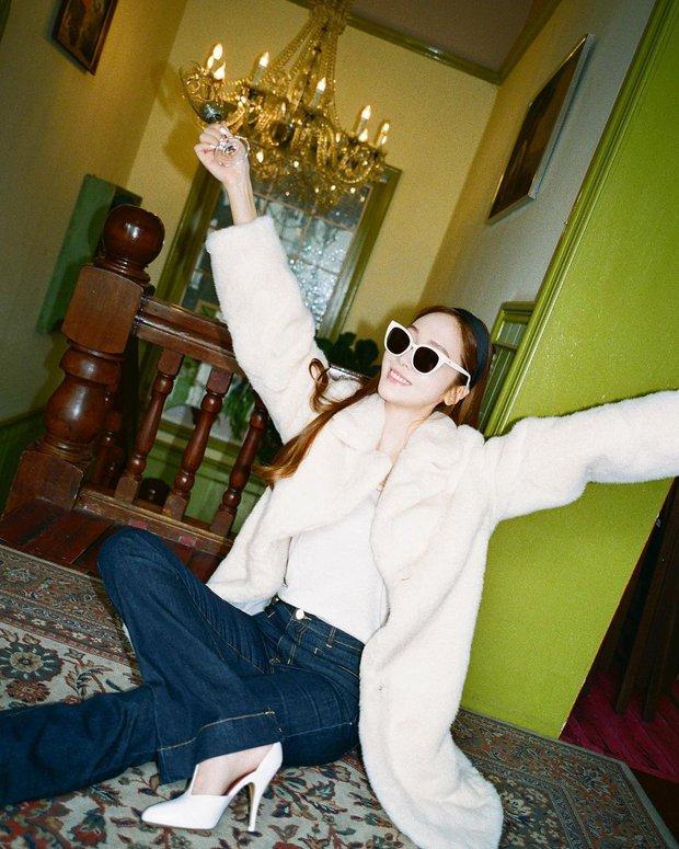 Sao Hàn mặc gì ngày đại hàn: Đỉnh cao mặc đẹp là khi diện toàn đồ dày sụ ấm áp mà vẫn tôn dáng đỉnh cao - Ảnh 4.