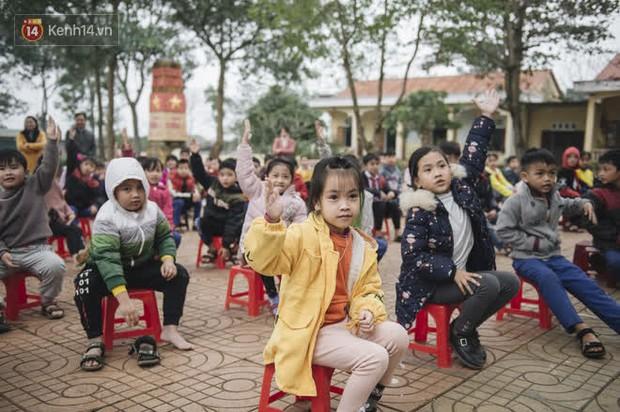 WeDo Góp Sách Ươm Mơ trao tặng hơn 20.000 cuốn sách và 10.000 bộ dụng cụ học tập cho trẻ em miền Trung - Ảnh 9.