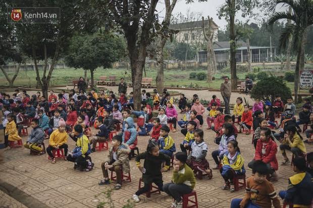 WeDo Góp Sách Ươm Mơ trao tặng hơn 20.000 cuốn sách và 10.000 bộ dụng cụ học tập cho trẻ em miền Trung - Ảnh 4.