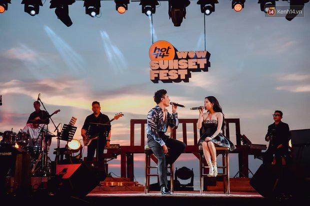 """Jack, Thuỳ Chi khiến fan """"mê mẩn"""" với loạt hit, Juky San - LyLy cùng dàn nghệ sĩ làm bùng nổ sân khấu chưa từng có tại HOT14 WOW Sunset Fest - Ảnh 11."""