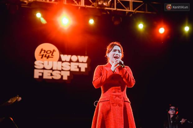"""Jack, Thuỳ Chi khiến fan """"mê mẩn"""" với loạt hit, Juky San - LyLy cùng dàn nghệ sĩ làm bùng nổ sân khấu chưa từng có tại HOT14 WOW Sunset Fest - Ảnh 16."""