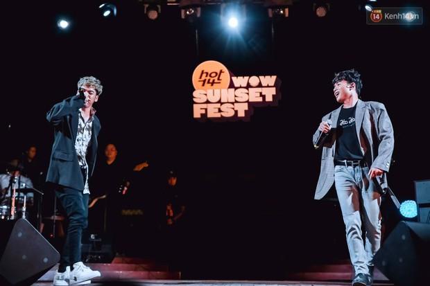 """Jack, Thuỳ Chi khiến fan """"mê mẩn"""" với loạt hit, Juky San - LyLy cùng dàn nghệ sĩ làm bùng nổ sân khấu chưa từng có tại HOT14 WOW Sunset Fest - Ảnh 26."""