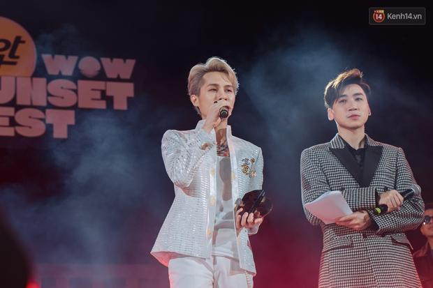 """Jack, Thuỳ Chi khiến fan """"mê mẩn"""" với loạt hit, Juky San - LyLy cùng dàn nghệ sĩ làm bùng nổ sân khấu chưa từng có tại HOT14 WOW Sunset Fest - Ảnh 35."""