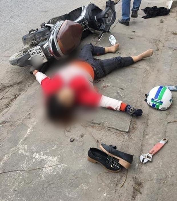 Hà Nội: Cô gái bị nam thanh niên sát hại dã man giữa phố, bên cạnh thi thể có chiếc cờ lê khiến nhiều người kinh hãi - Ảnh 1.
