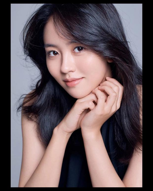 Lâu lắm mới trở lại, sao nhí Mặt Trăng Ôm Mặt Trời Kim So Hyun khiến MXH bùng nổ với visual xinh đến... lặng người - Ảnh 7.