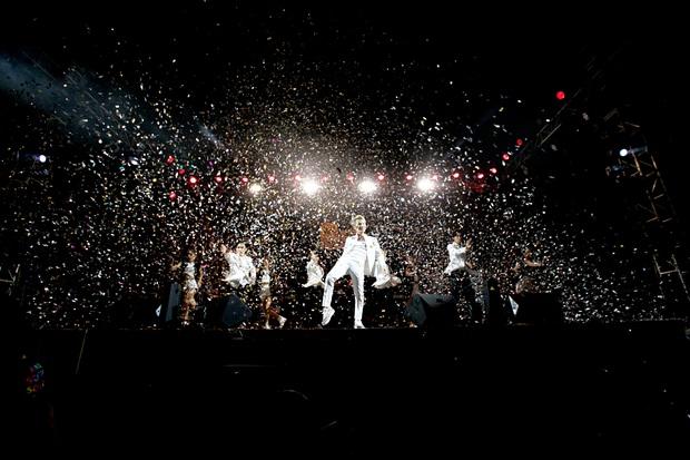 """Jack, Thuỳ Chi khiến fan """"mê mẩn"""" với loạt hit, Juky San - LyLy cùng dàn nghệ sĩ làm bùng nổ sân khấu chưa từng có tại HOT14 WOW Sunset Fest - Ảnh 38."""