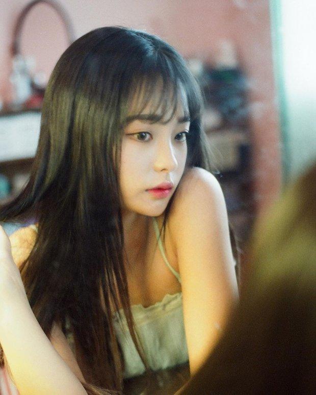 Khi vũ công của idol nổi sau 1 đêm vì quá đẹp: 2 nữ dancer của EXO xinh xỉu, hot boy 6 múi của Sunmi và biên đạo nhà SM át cả idol - Ảnh 26.