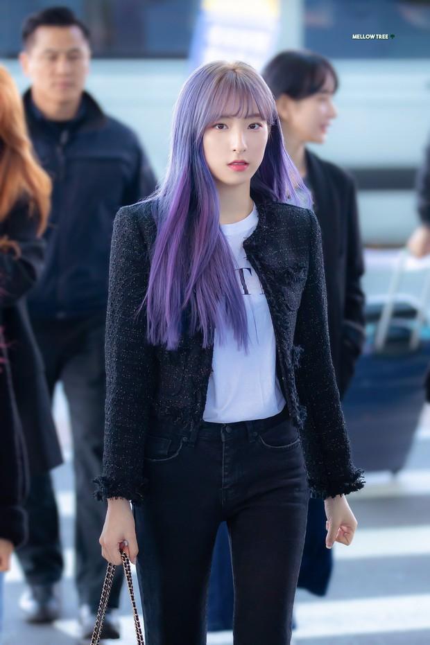 """Dàn idol nữ càng lớn càng """"bùng nổ"""" visual: Lisa doạ soán ngôi nữ thần BLACKPINK, em út Red Velvet lột xác nhưng bị tố copy Jennie - Ảnh 22."""