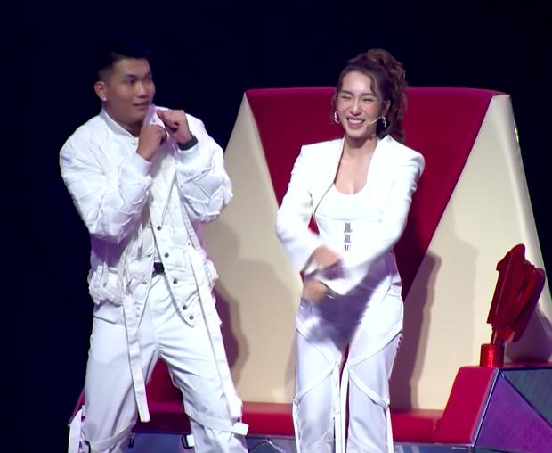 MC ILL chiêu dụ thí sinh cực căng tại Giọng Hát Việt Nhí: Con về đội chú sau này rap Việt không ai dám động vào con - Ảnh 3.