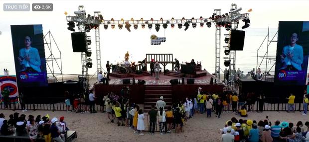 """Jack, Thuỳ Chi khiến fan """"mê mẩn"""" với loạt hit, Juky San - LyLy cùng dàn nghệ sĩ làm bùng nổ sân khấu chưa từng có tại HOT14 WOW Sunset Fest - Ảnh 5."""