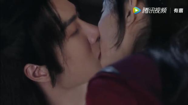 Sau nụ hôn xẹt điện 5 giây, Vương Nhất Bác chính thức cầu hôn Triệu Lệ Dĩnh ở Hữu Phỉ tập 42 - Ảnh 11.
