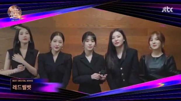 BTS xuất hiện đủ 7 người nhận giải nhưng lại mất Daesang về tay IU tại Grammy Hàn Quốc 2021; BLACKPINK, Red Velvet ở nhà vẫn có giải - Ảnh 5.
