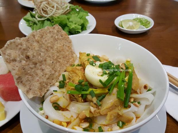 Người Hàn Quốc bình chọn 14 món ăn tiêu biểu của ẩm thực Việt Nam, đọc tới màn giới thiệu bánh mì mới thấy có gì đó sai sai? - Ảnh 3.