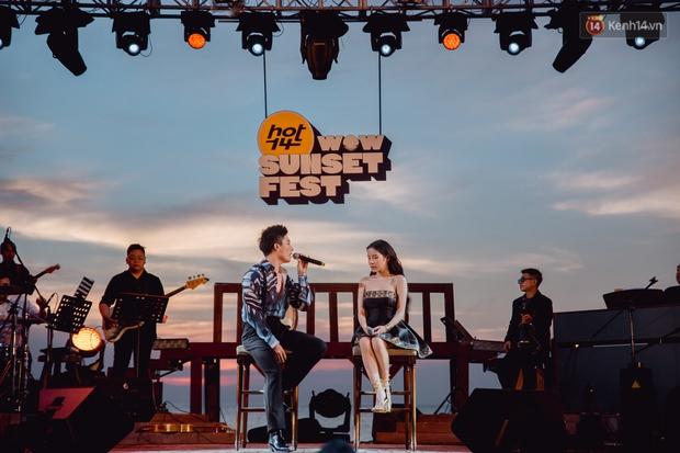 Chiều hoàng hôn nghe Thuỳ Chi hát, Jack hoà giọng cùng fan bên bờ biển và những khoảnh khắc chỉ có tại HOT14 WOW Sunset Fest - Ảnh 8.