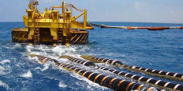 Sửa xong cáp quang biển AAG, Internet Việt Nam đi quốc tế trở lại bình thường - Ảnh 2.