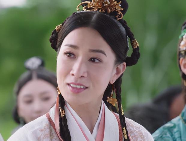 Loạt chị đại cưa sừng làm nghé nhức mắt nhất phim Trung: Chương Tử Di hóa em gái 15 chưa là gì với số 6 thảm họa một thời - Ảnh 11.