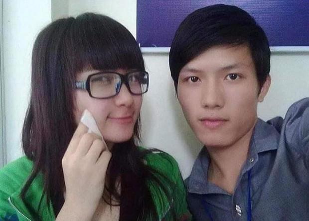 Hòa Minzy khoe nhan sắc 10 năm trước cùng Anh Tú, không quên cà khịa đôi chân mày của ông anh thân thiết - Ảnh 1.