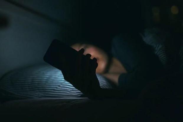3 nữ sinh viên đại học bị suy buồng trứng dẫn đến vô sinh do nhiều năm liền thức đêm chơi điện tử - Ảnh 3.