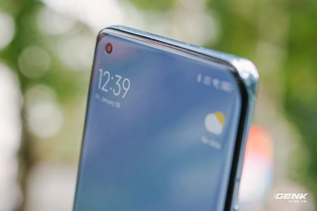 Trên tay Xiaomi Mi 11 tại Việt Nam: Smartphone đầu tiên với chip Snapdragon 888, giá 16 triệu đồng - Ảnh 17.