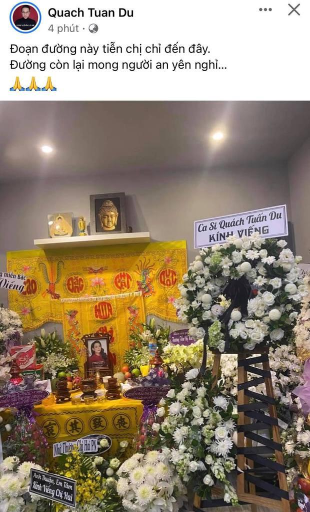 Lễ viếng ca sĩ Phi Nhung tại nhà riêng ngày 1/10: Long Nhật đau lòng dâng hương tiễn biệt, Hồ Văn Cường buồn bã quỳ bên di ảnh mẹ nuôi - Ảnh 9.
