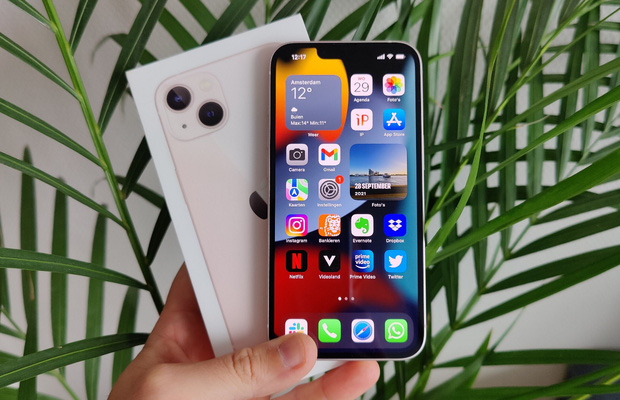 """Không phải iPhone 14 Pro Max """"siêu to"""", chiếc iPhone hot nhất năm sau của Apple sẽ là phiên bản giá rẻ này! - Ảnh 2."""