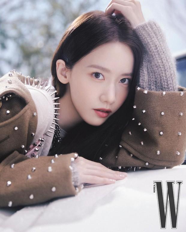Trắng như Bạch Tuyết là có thật! 1 nữ thần xứ Hàn vừa khiến MXH xôn xao vì màn phô diễn làn da như truyền thuyết - Ảnh 3.