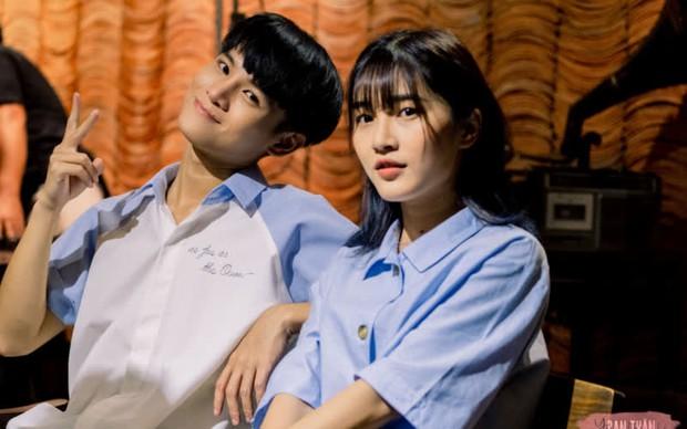 Giữa drama của soái ca 1m83, Phạm Đình Thái Ngân bỗng bị réo tên vì nụ hôn tình bạn gây ức chế 6 tháng trước! - Ảnh 10.