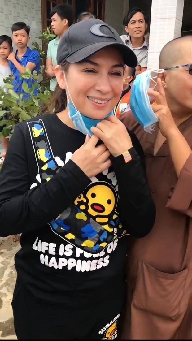 Ca sĩ Phi Nhung từng 2 lần nhận kết quả âm tính với SARS-COV 2, ý chí không bị đánh gục nhưng thể chất bị bào mòn bởi tháng năm - Ảnh 4.