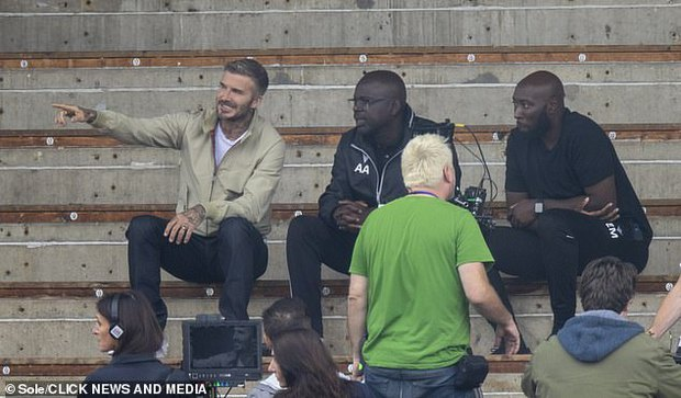 """Thế nào là đẹp """"cân"""" cả camera mờ nhoè và chấp luôn tuổi tác? Nhìn ảnh của David Beckham đi! - Ảnh 7."""