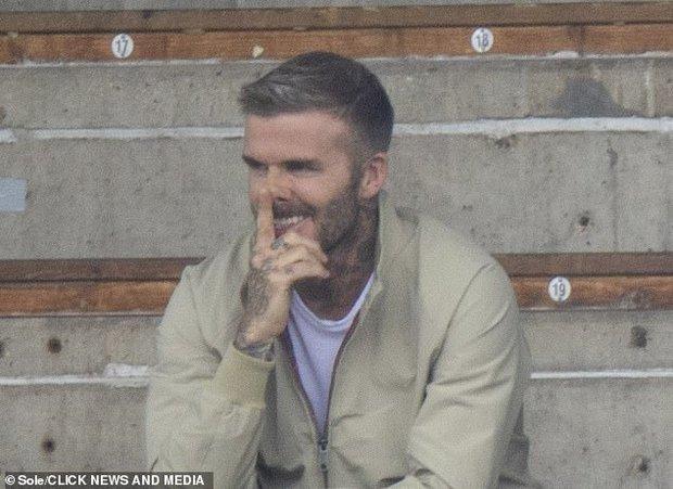 """Thế nào là đẹp """"cân"""" cả camera mờ nhoè và chấp luôn tuổi tác? Nhìn ảnh của David Beckham đi! - Ảnh 6."""