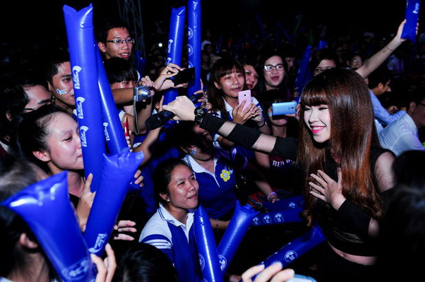 Dancer kể lại kỷ niệm với Khởi My: Chủ động tám chuyện cực thân thiện, khẳng định thời đỉnh cao nổi tiếng như idol Kpop - Ảnh 5.