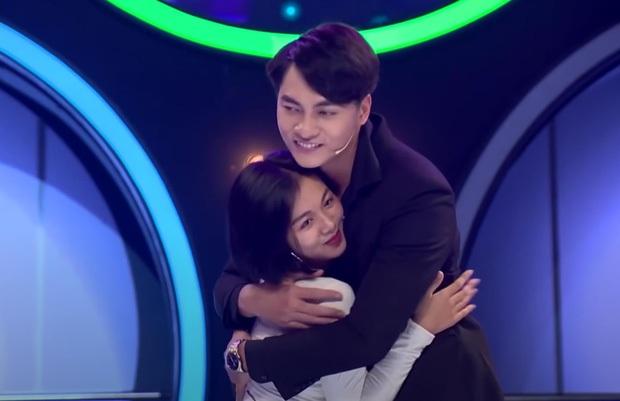 Giữa drama của soái ca 1m83, Phạm Đình Thái Ngân bỗng bị réo tên vì nụ hôn tình bạn gây ức chế 6 tháng trước! - Ảnh 2.