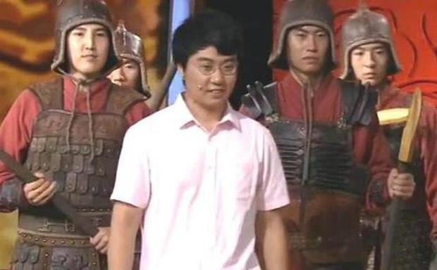 Anh thanh niên mang Phương Thiên Họa Kích đi kiểm định, chuyên gia run run: Cậu có biết mình phạm pháp không? - Ảnh 1.