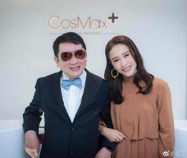 Đệ nhất mỹ nhân TVB Lê Tư khoe ảnh sinh nhật tuổi 50, ông xã tỷ phú và em trai tàn tật hiếm hoi lộ diện bèn chiếm luôn spotlight - Ảnh 5.