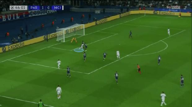 Messi toả sáng, nhưng hiểm họa tiềm ẩn từ cầu thủ này có thể khiến PSG trả giá - Ảnh 9.