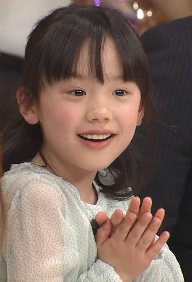 Sao nhí có thu nhập khủng nhất Nhật Bản dậy thì hoàn mỹ: Bùng nổ nhan sắc lẫn diễn xuất, cớ sao lại bị công chúng ghét bỏ? - Ảnh 1.