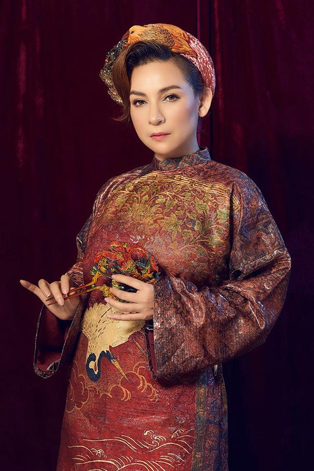 Nghẹn ngào trước tấm áo dài cuối cùng của Phi Nhung trước lúc qua đời - Ảnh 5.