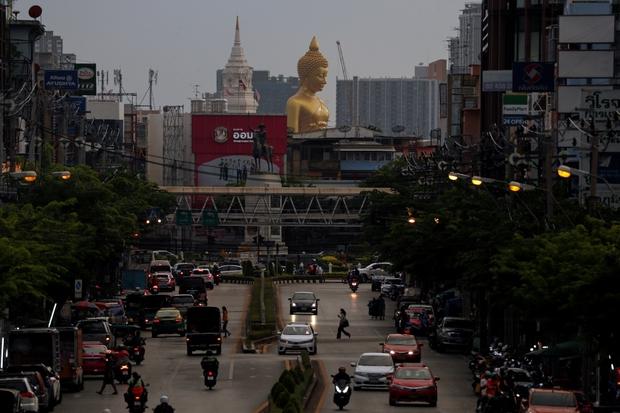 Thái Lan mở cửa cho du khách thêm 5 khu vực vào tháng 11 - Ảnh 1.