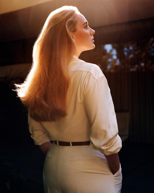 Bóc trần mặt mộc của Adele hậu giảm 45kg: Da mặt căng mịn, visual đẹp xuất sắc lột xác át cả khuyết điểm vùng mắt - Ảnh 8.