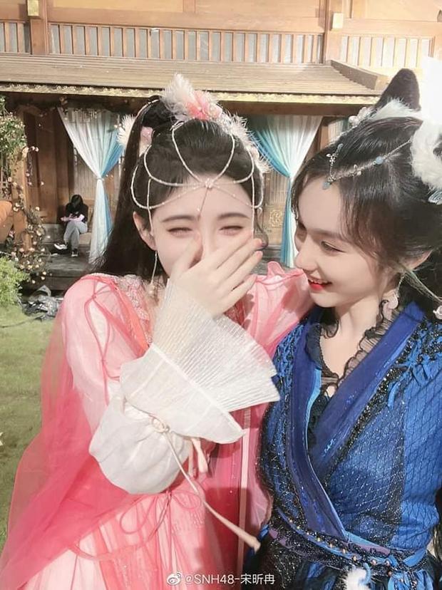 Sắc đẹp Cúc Tịnh Y lu mờ cạnh nữ phụ: Như hai giọt nước nhưng khác một điểm chí mạng, nhìn hảo cảm gấp bội lần! - Ảnh 1.