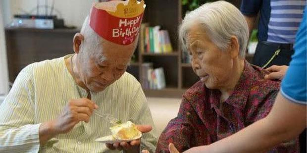 Thế hệ đầu tiên của DINK thu nhập nhân đôi, không con cái ở Trung Quốc: Sự tự do, không ràng buộc có đem lại hạnh phúc thật sự? - Ảnh 2.