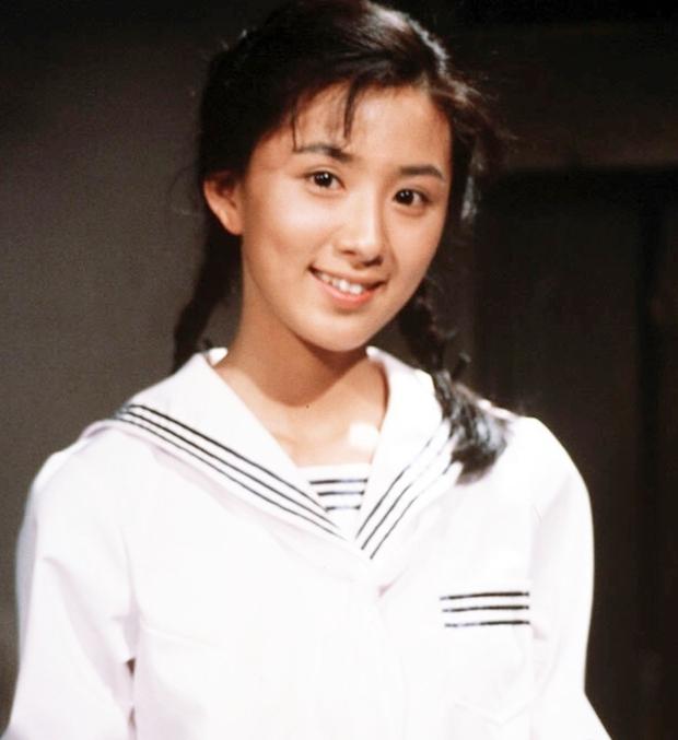 Ngỡ ngàng với visual hồi trẻ của bà cả Kim Hee Ae: Biểu tượng sắc đẹp một thời, diễn xuất đỉnh cao khó ai sánh bằng - Ảnh 6.