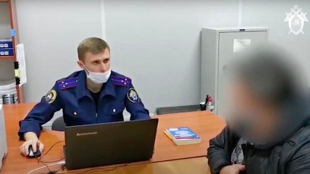 Rúng động nước Nga: 1000 chai chất độc tuồn ra thị trường, cặp vợ chồng cùng tử vong để lại 5 đứa con thơ không biết bấu víu vào đâu - Ảnh 4.