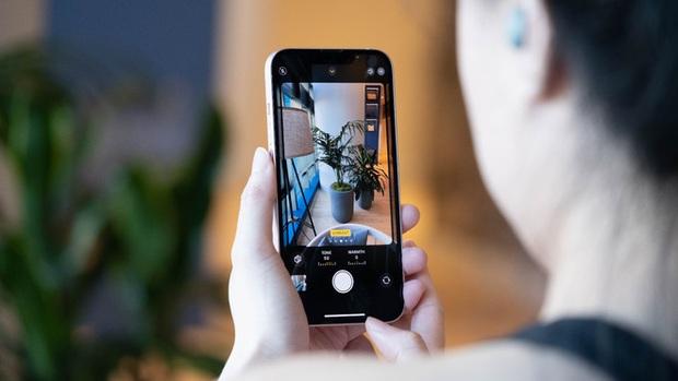 DxOMark: iPhone 13 mini chụp ảnh đẹp hơn iPhone 12 Pro - Ảnh 5.