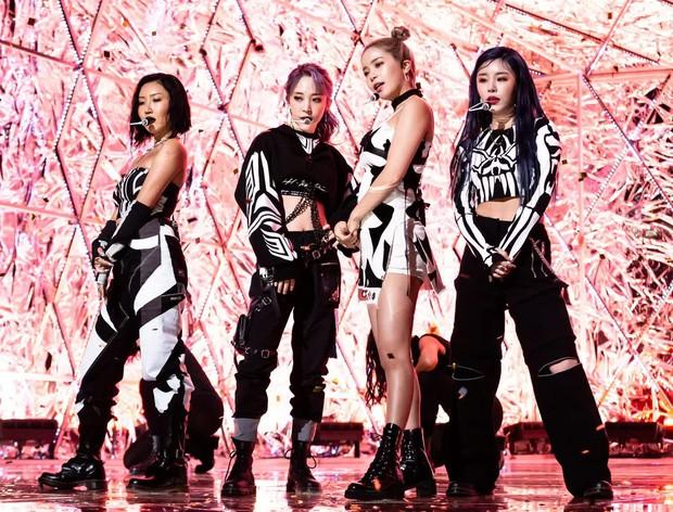 Knet chọn idol hát live đỉnh nhất Kpop: BLACKPINK không đọ lại gà nhà SM, BTS hoàn toàn bay màu? - Ảnh 5.
