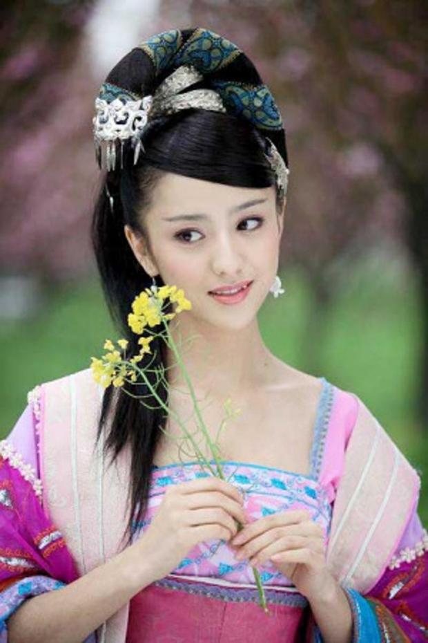 5 mỹ nhân lẳng lơ nhất màn ảnh Hoa ngữ: Số 1 si mê Chung Hán Lương như điếu đổ, trùm cuối xứng danh biểu tượng sex Hong Kong - Ảnh 10.