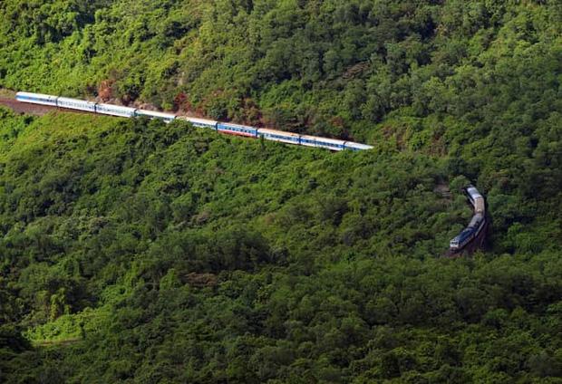 Từ 13/10, chính thức tổ chức chạy tàu khách Thống Nhất tuyến Bắc Nam và tuyến Hà Nội - Hải Phòng - Ảnh 1.