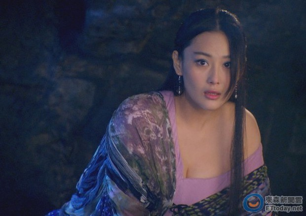 5 mỹ nhân lẳng lơ nhất màn ảnh Hoa ngữ: Số 1 si mê Chung Hán Lương như điếu đổ, trùm cuối xứng danh biểu tượng sex Hong Kong - Ảnh 3.