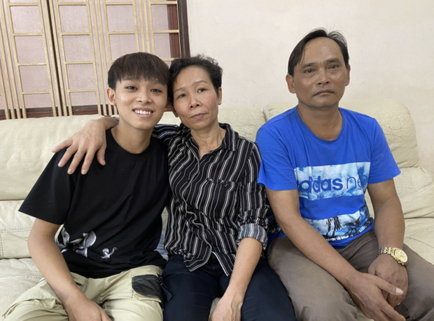 Ảnh độc quyền: Sau khi nhận toàn bộ tiền cát xê, tối 11/10 gia đình Hồ Văn Cường có còn ở nhà Phi Nhung? - Ảnh 9.